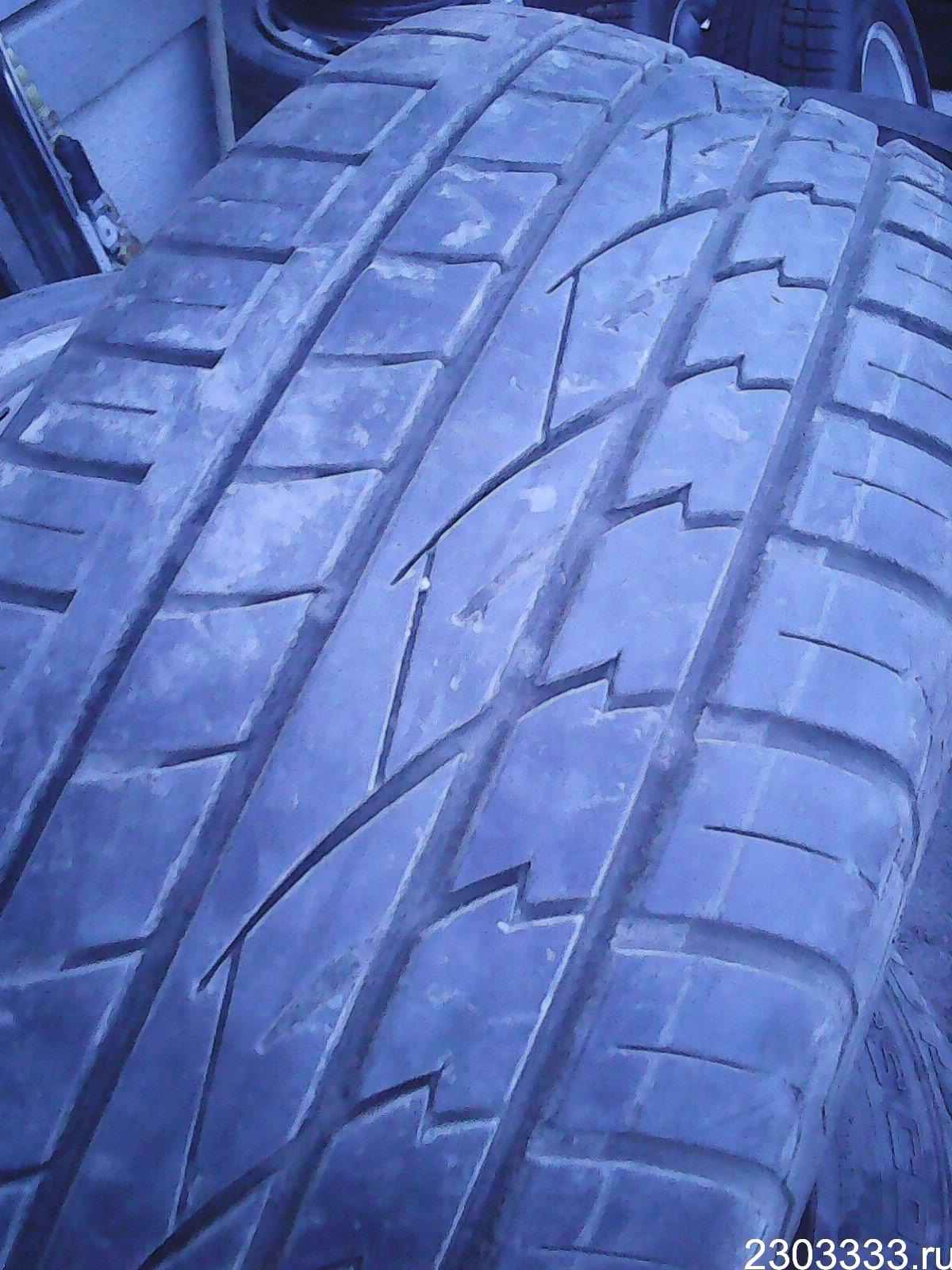 Continental ContiCrossContact UHP 235/60 R18 V
