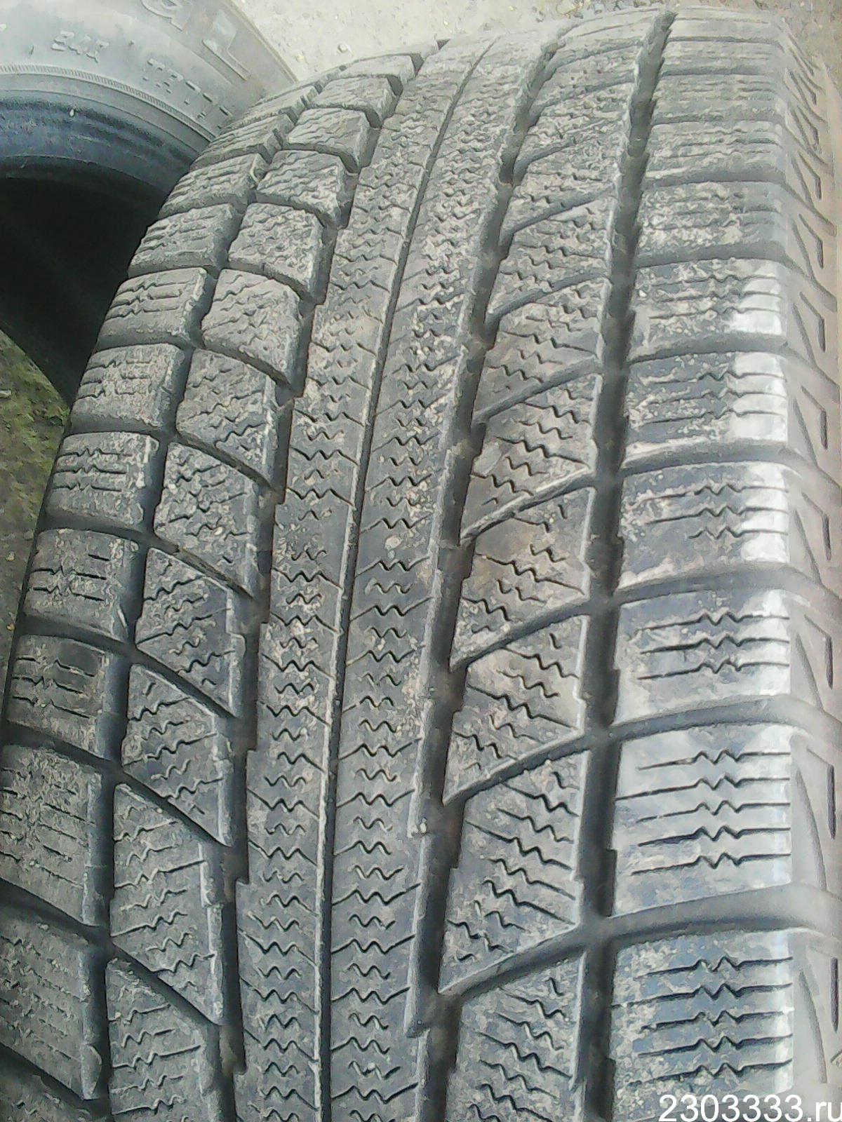 Triangle Group TR777 215/55 R17 94/98Q